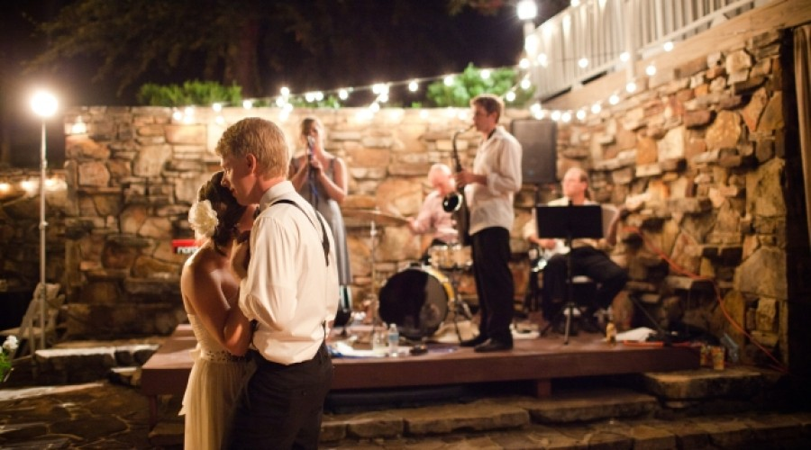 ProBride: Strings, DJ, or Band…Oh My – Wedding Entertainment